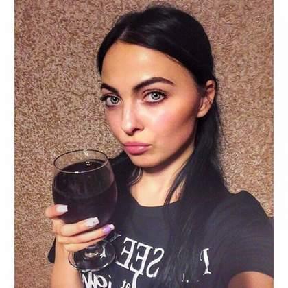 Давайте выпьем наташа сухого вина слушатт.